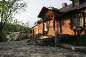 sudetian-seasons 10 - osobowy dom z basenem