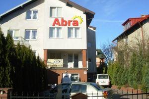 ABRA- Całoroczny Dom Gościnny, pokoje z łazienkami, WLAN, f Vat, parking