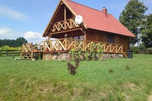 Dmek drewniany na Mazurach-Wygryny