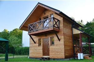 Modrzewiowy Domek Drewniany w Ustroniu Morskim