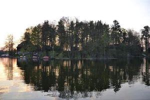 Domki Na Mazurach Na Prywatnej Wyspie. +łódka.